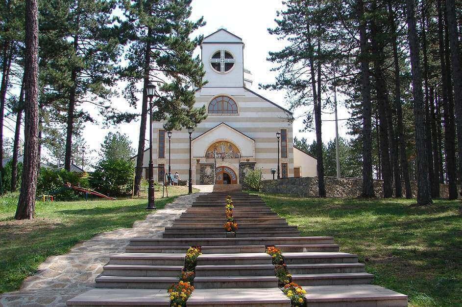 Šuma i crkva - Zlatibor