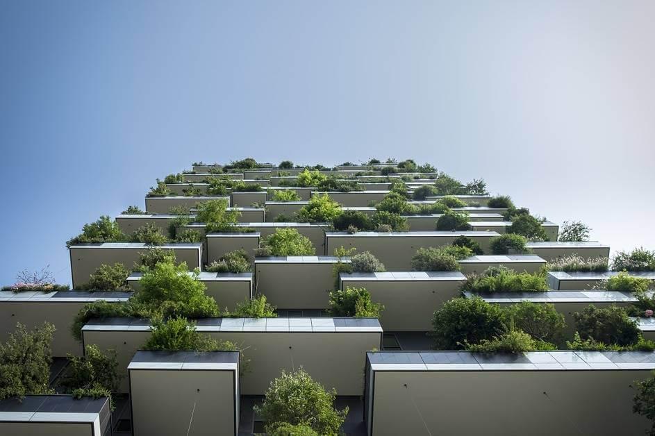 Moderna zgrada sa biofil dizajnom